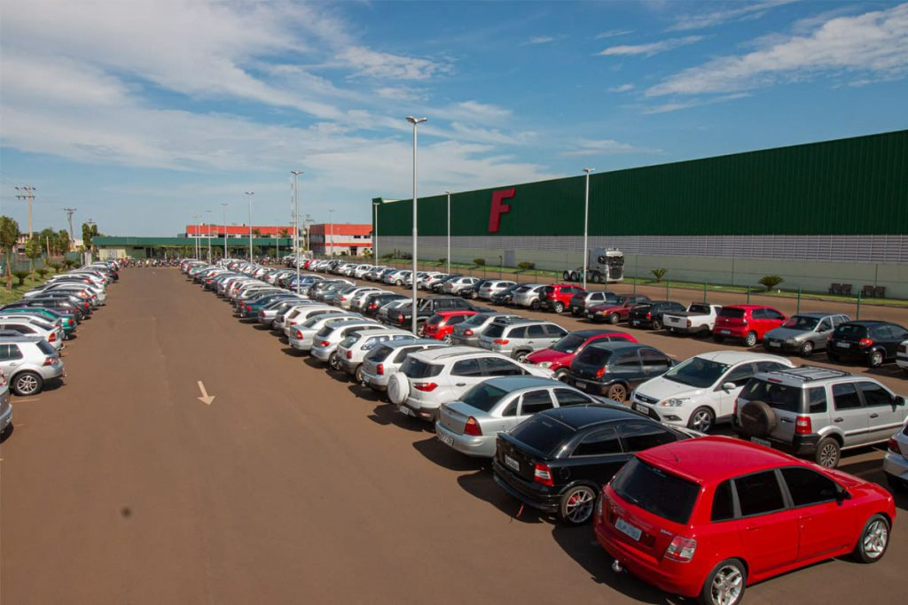 estacionamento para funcionários da flash cover